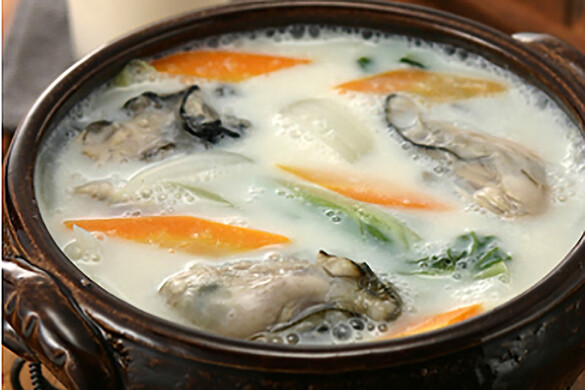牡蠣のあったか豆乳鍋