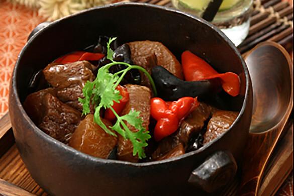大根と牛バラ肉の煮込み