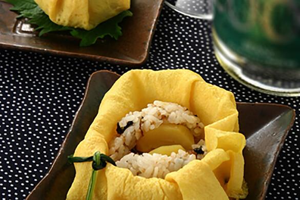 栗と穴子の茶巾寿司