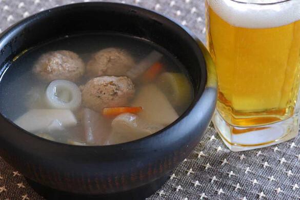 イワシつみれ団子と冬根菜汁