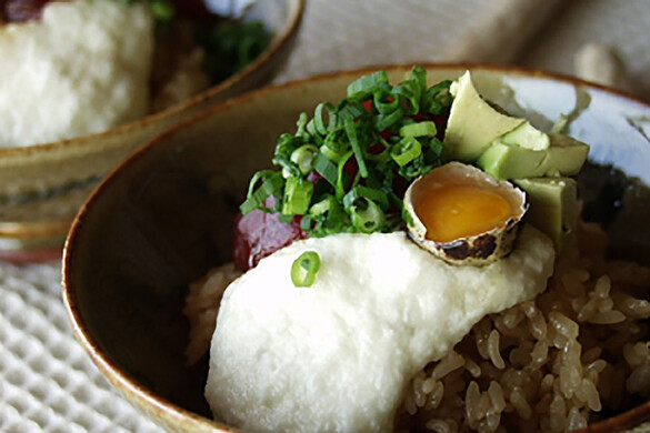 おぼろ豆腐と山芋のどんぶり