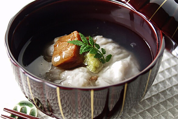 里芋と豚角煮の熱々あんかけ