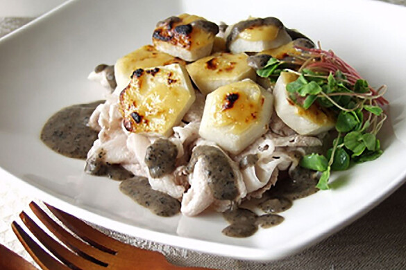 里芋の西京焼き黒豆ソース