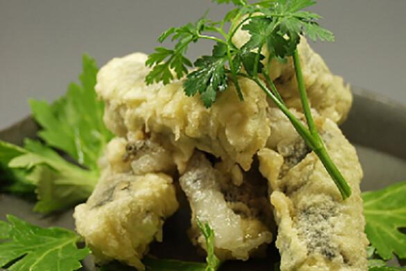 ゴルゴンゾーラと餅の磯辺巻き天ぷら