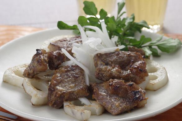 牛肉のクルミ味噌ステーキ