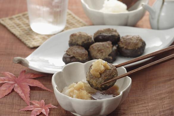 シイタケの肉詰めバター風味