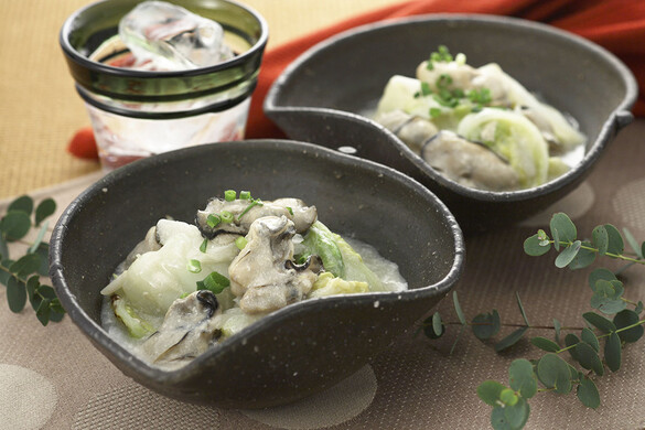 白菜と牡蠣の豆乳煮