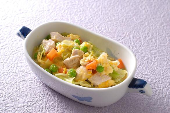 地鶏と野菜の卵とじ