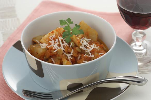 レンズ豆と根菜のトマト煮込み
