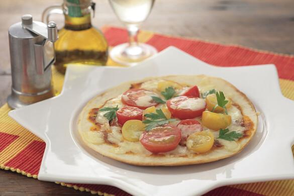 トマトアンチョビピザ
