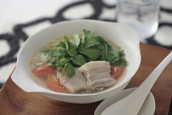 塩漬け豚とクレソンのスープ