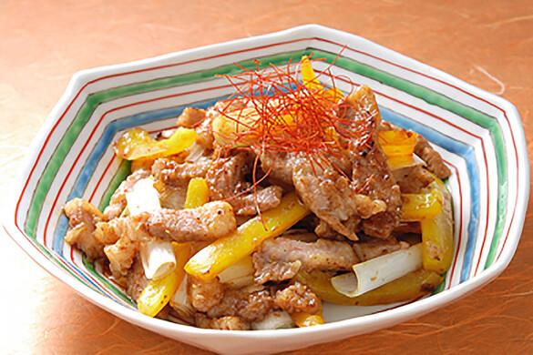 豚肉とパプリカの豆鼓炒め