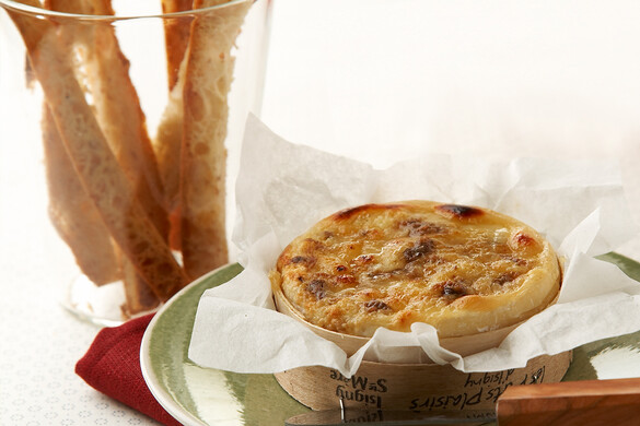 カマンベールチーズの丸焼き
