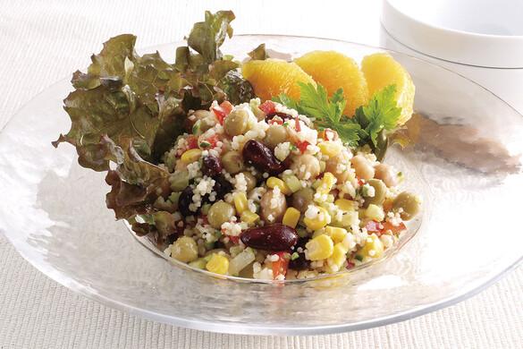 豆とクスクスのサラダ