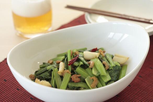 小松菜とゴロゴロニンニクの炒め物