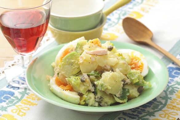 春野菜と半熟卵のポテトサラダ