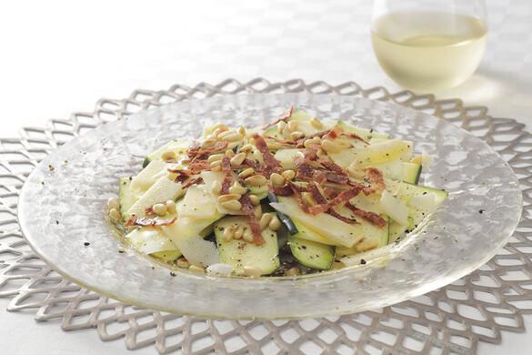 ズッキーニとパルミジャーノチーズのサラダ