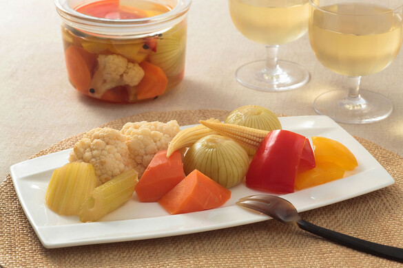 ピクルス <びん詰め冷蔵保存食>
