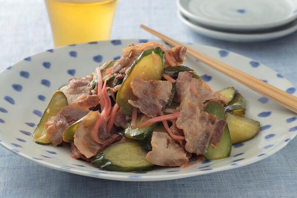 キュウリと豚バラのパリポリ酢炒め