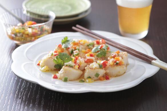 ホタテのサッと焼き〜野菜たっぷりエスニックソース〜