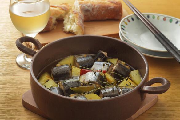 秋刀魚とジャガイモのアヒージョ
