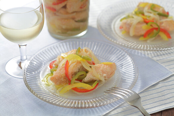 鮭のエスカベッシュ <びん詰め冷蔵保存食>
