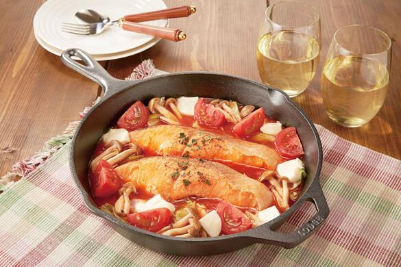 秋鮭ときのこのトマトパッツァ