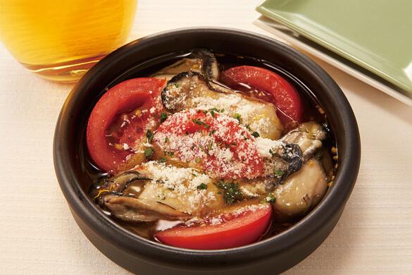 牡蠣とトマトのアヒージョ