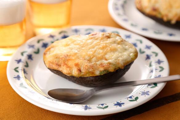 アボカドのチーズ焼き〜簡単3stepおつまみ〜