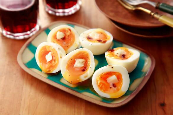 半熟卵のバターしょうゆがけ