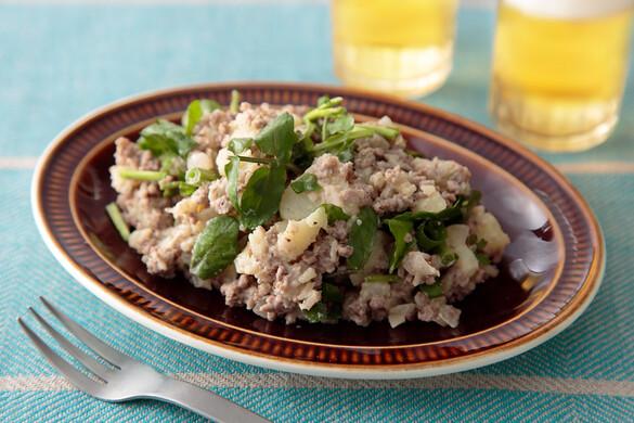 クミン香る挽き肉入りポテトサラダ
