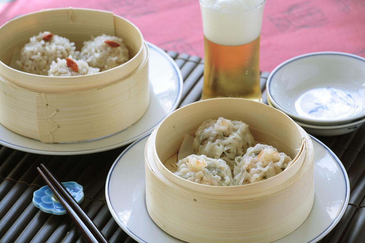 2種の焼売(エビの菊花焼売、もち米団子)