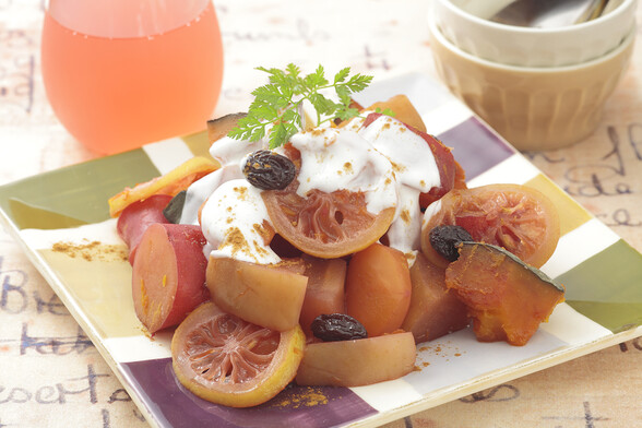 サツマイモとかぼちゃのカシス煮