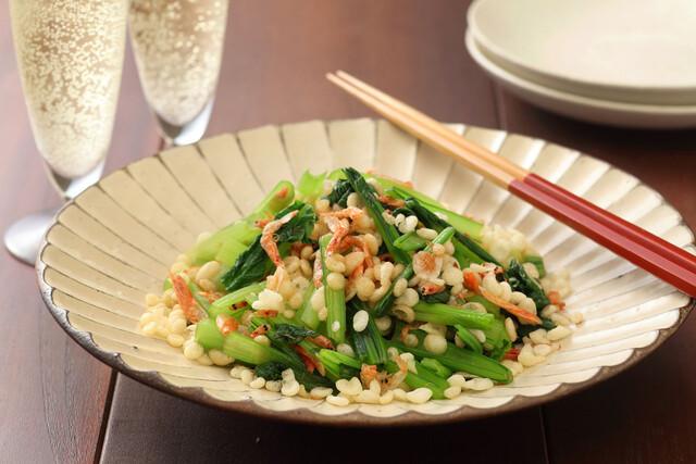 小松菜と桜エビと揚げ玉のめんつゆ和え