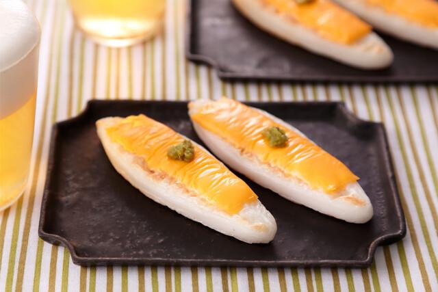 笹かまぼこのチーズ焼き