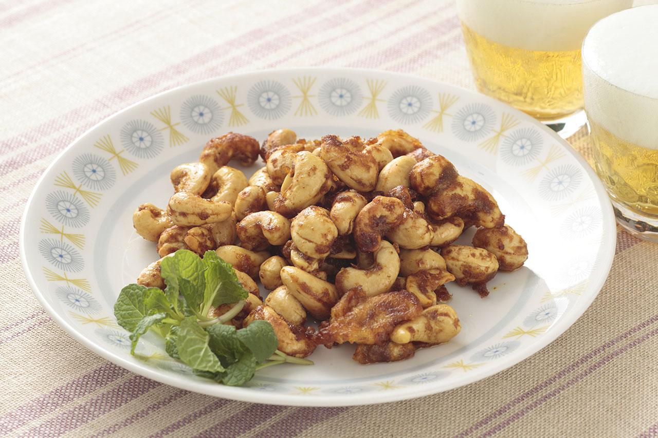 カシューナッツのカレーソース炒め | ズバうま!おつまみレシピ | アサヒビール